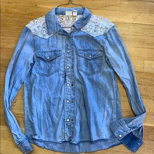 Muds size s jean button up shirt size small